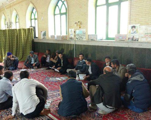 جلسه مشاوره و ترویج کشاورزی صنعتی در روستای عسگرآباد ورامین